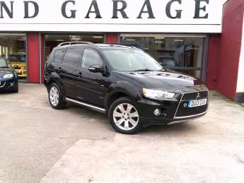 Mitsubishi Outlander 2.2 DI-D GX4 5dr Estate Diesel Black at Island Garage Stafford